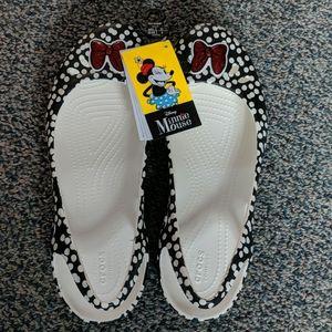 Size 11 women's Minnie Mouse Crocs